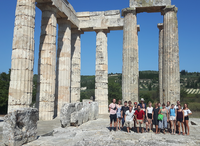 Group Picture Temple Greece Excursion