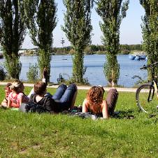 students-at-the-lake-small.png
